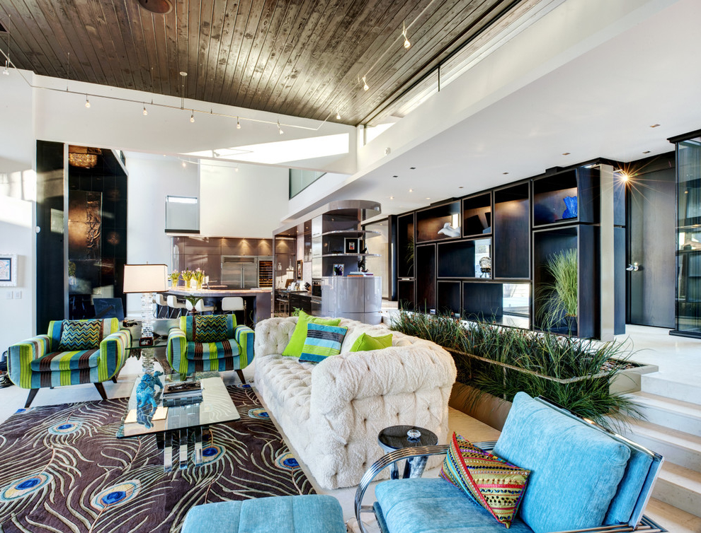 Unique And Colorful Contemporary Living Room (Photo 1 of 1)