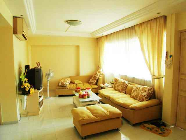 Featured Image of Yellow Living Room Design Ideas