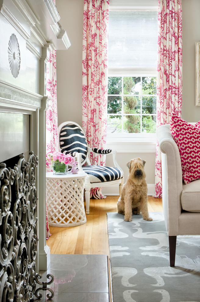 Featured Image of Cute Living Room Curtain Pink Color Ideas