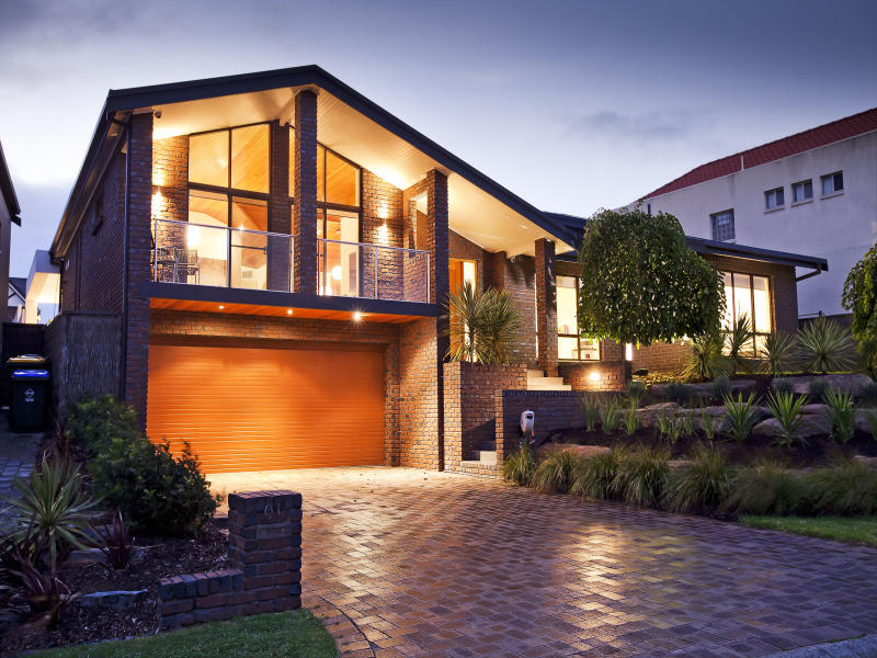 Featured Image of Modern House Exterior Brick Wall Design