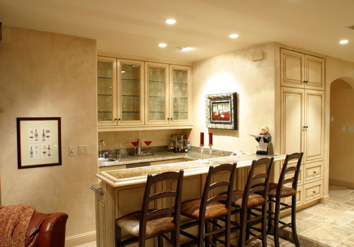 Featured Image of Traditional Home Bar Design Style