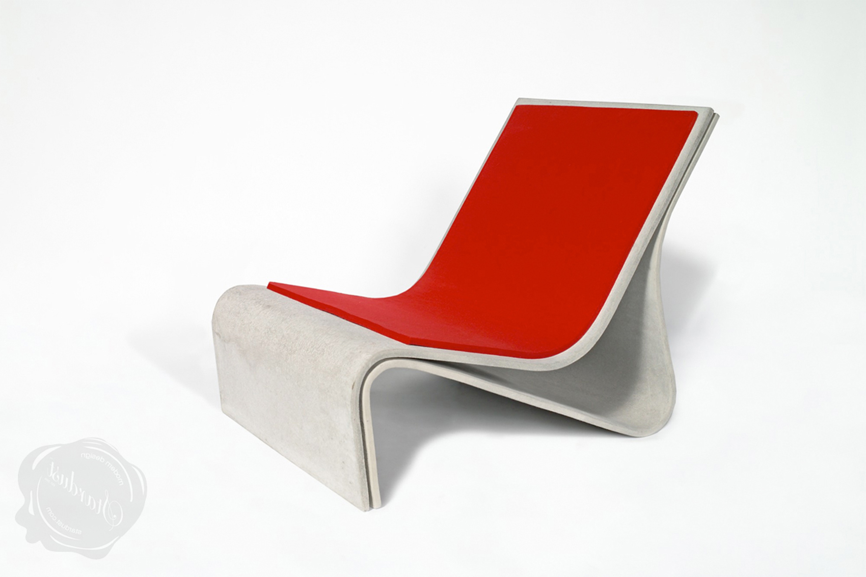 Amazing Modern Outdoor Design Idea With Red Cream Lounge Chair Impressive Modern Outdoor Design Ideas (View 17 of 28)