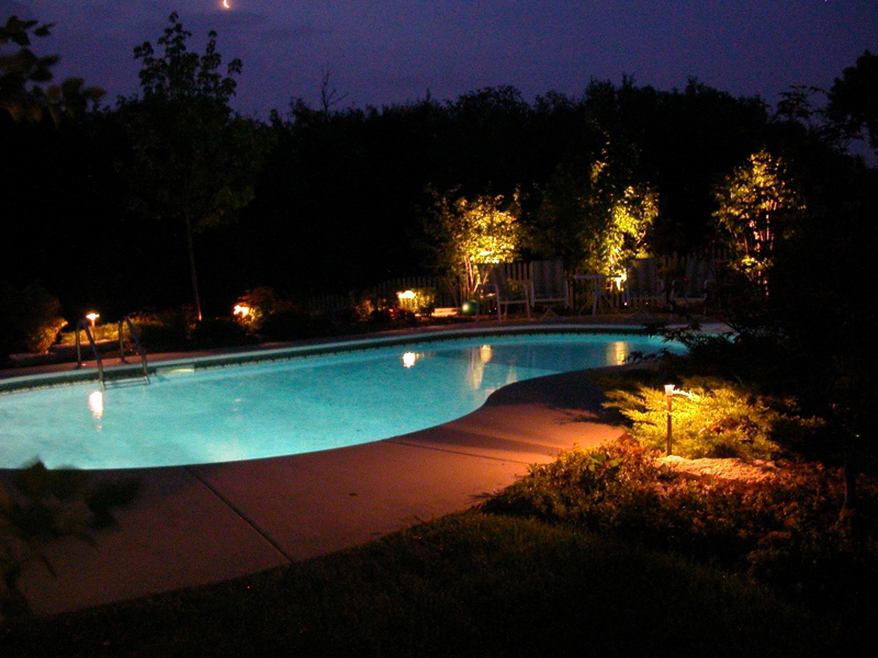 Amazing Outdoor Lighting For Pool Area Lighting Pool Area Lighting (Image 13 of 28)