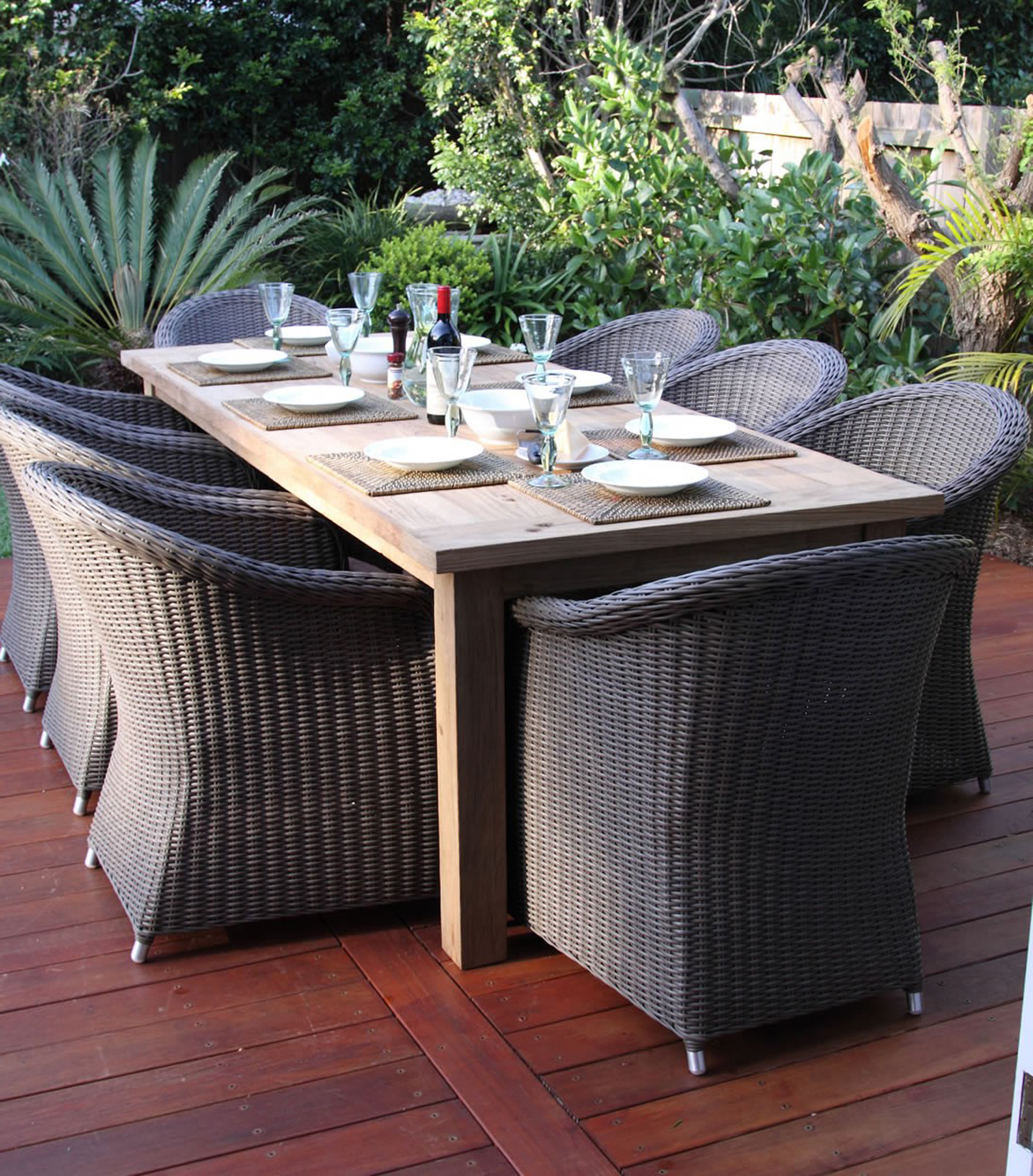Attractive Outdoor Modern Wicker Design Idea With Brown Dining Table And Gray Wicker Armchairs Attractive Outdoor Modern Wicker Design Ideas (Image 3 of 28)