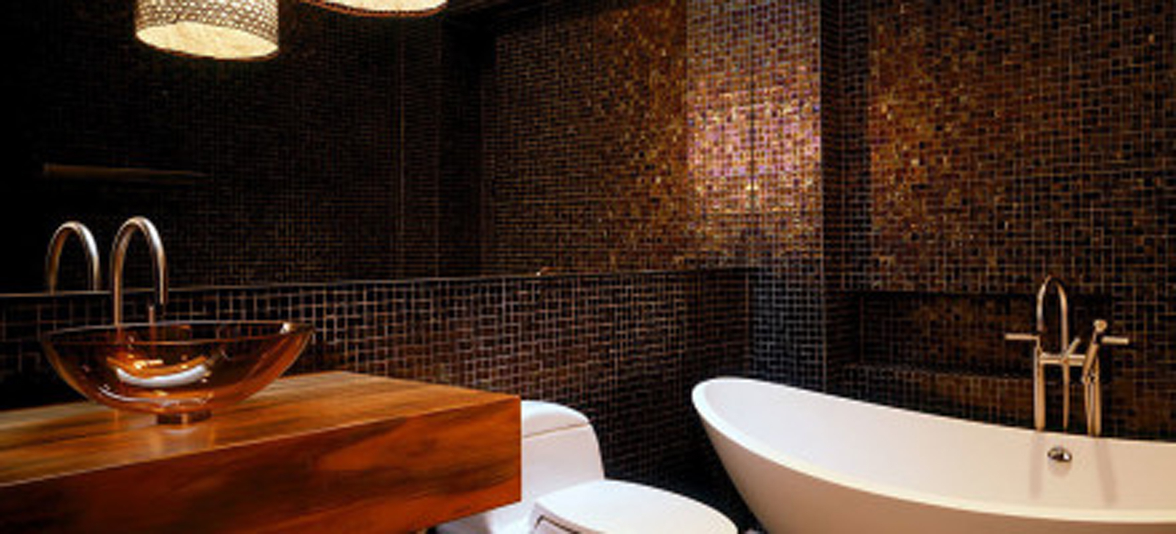 Bathroom Decorate With Sweet White Soaking Tub And Personable Black Textured Wall Even Divine Pendant Lamp (View 13 of 23)