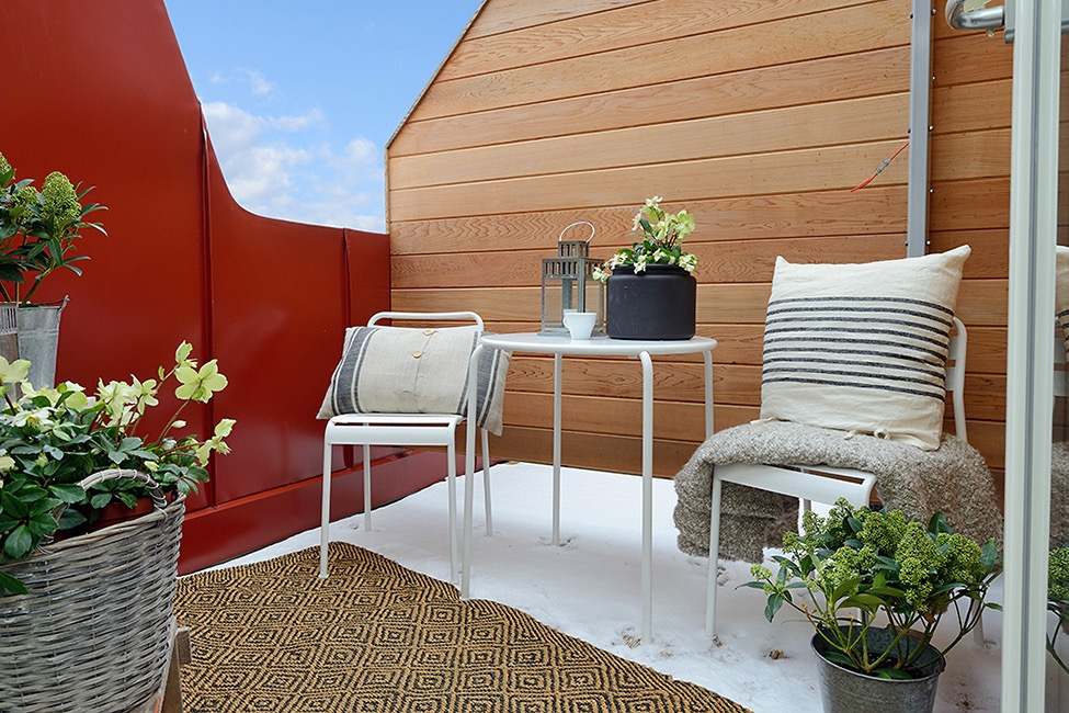 Charming Apartment Terrace Furniture Decor (View 8 of 15)
