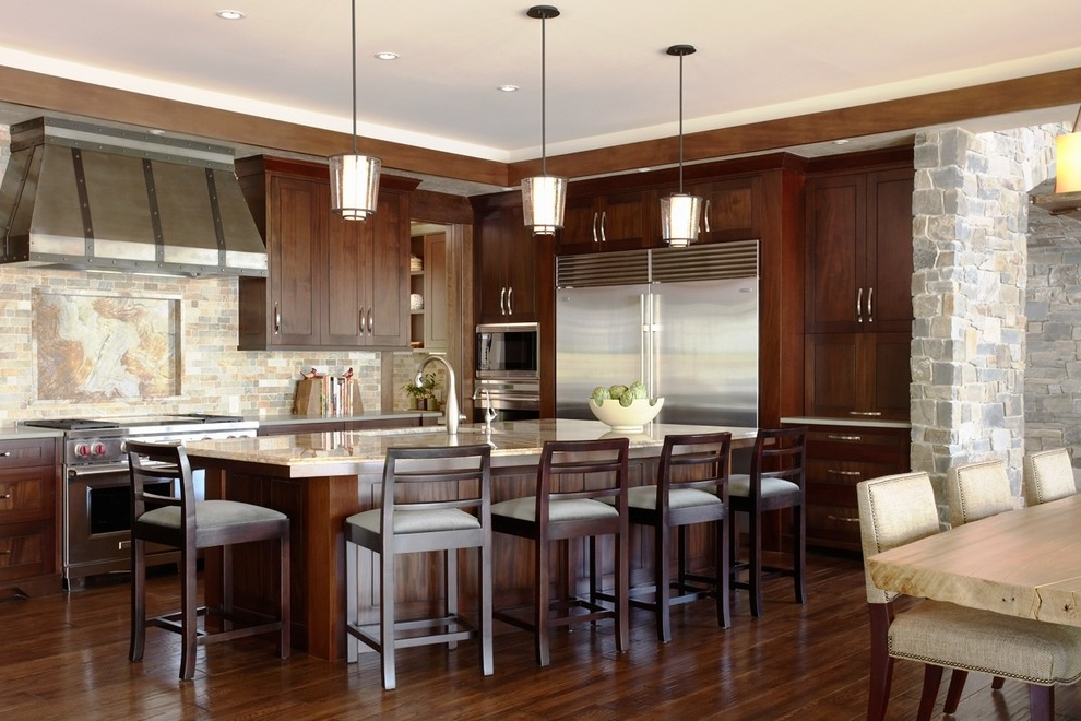 Contemporary Eat In Rustic Kitchen With Shaker Dark Wood Cabinets And Multicolored Stone Tile Backsplash (Image 2 of 19)