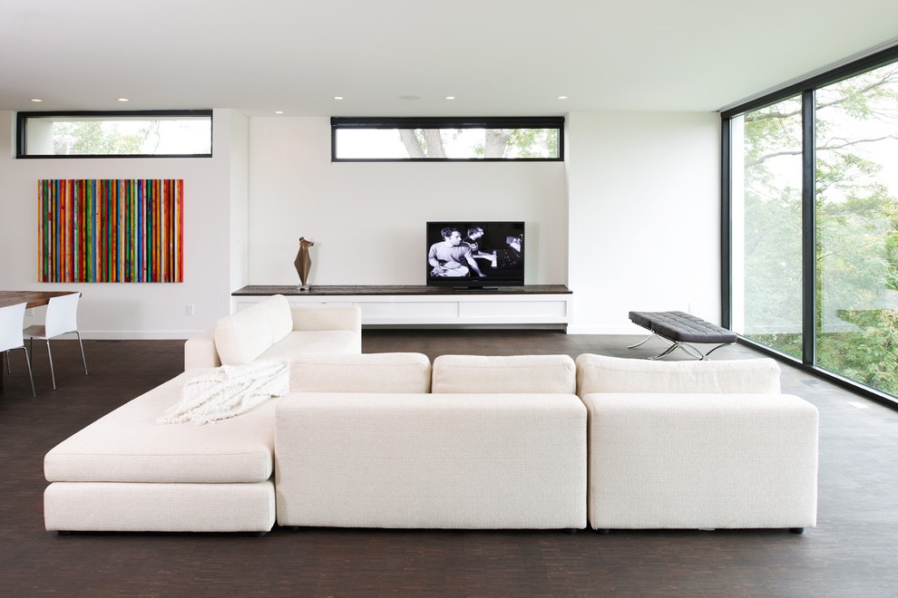Inspiration For A Modern Open Concept Simple Living Room Interior Decor With White Walls And A Freestanding Tv (Image 4 of 9)