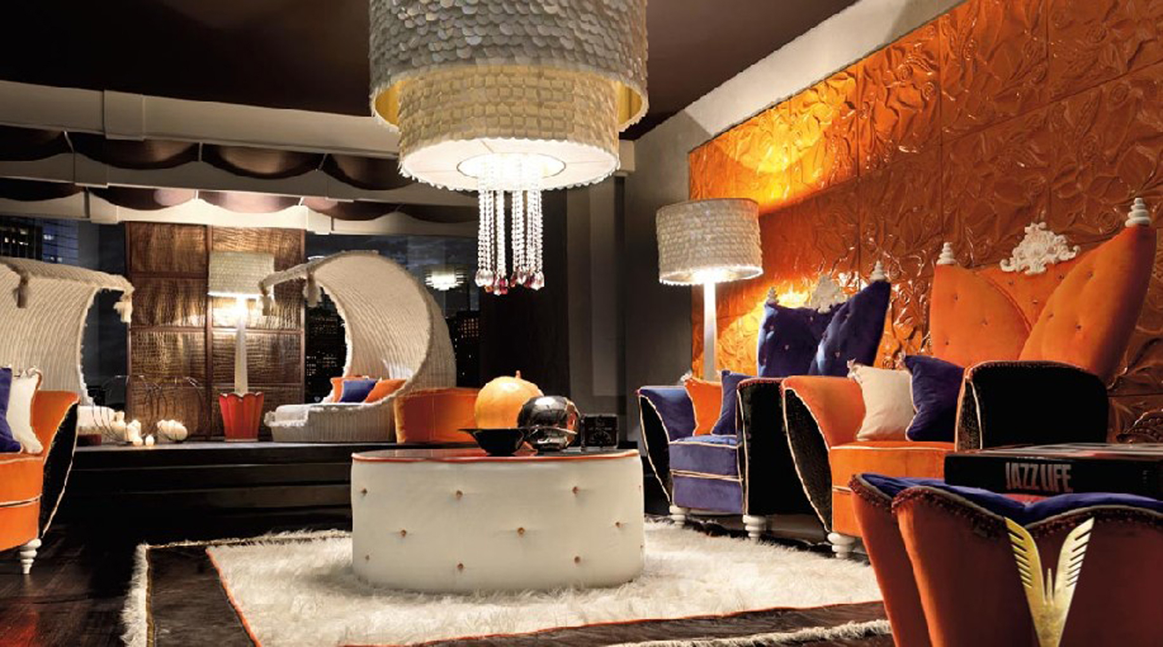 Luxurious Interiors Modern Living In Bold Colors (Image 19 of 123)