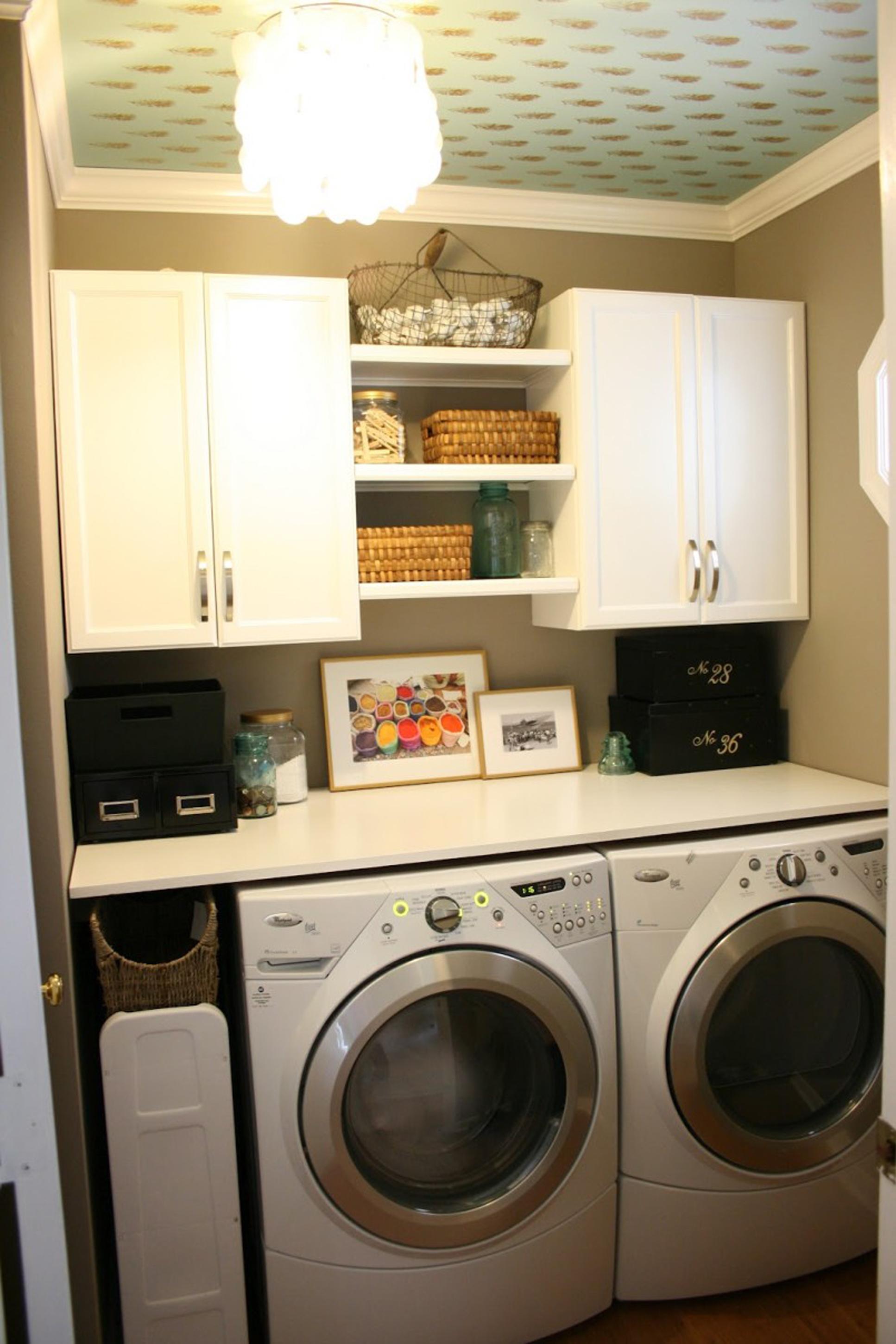 Luxurious Laundry Room Design Idea With White Cabinet White Washing Machine And Brown Wall Amazing Laundry Room Design Ideas (Image 20 of 123)