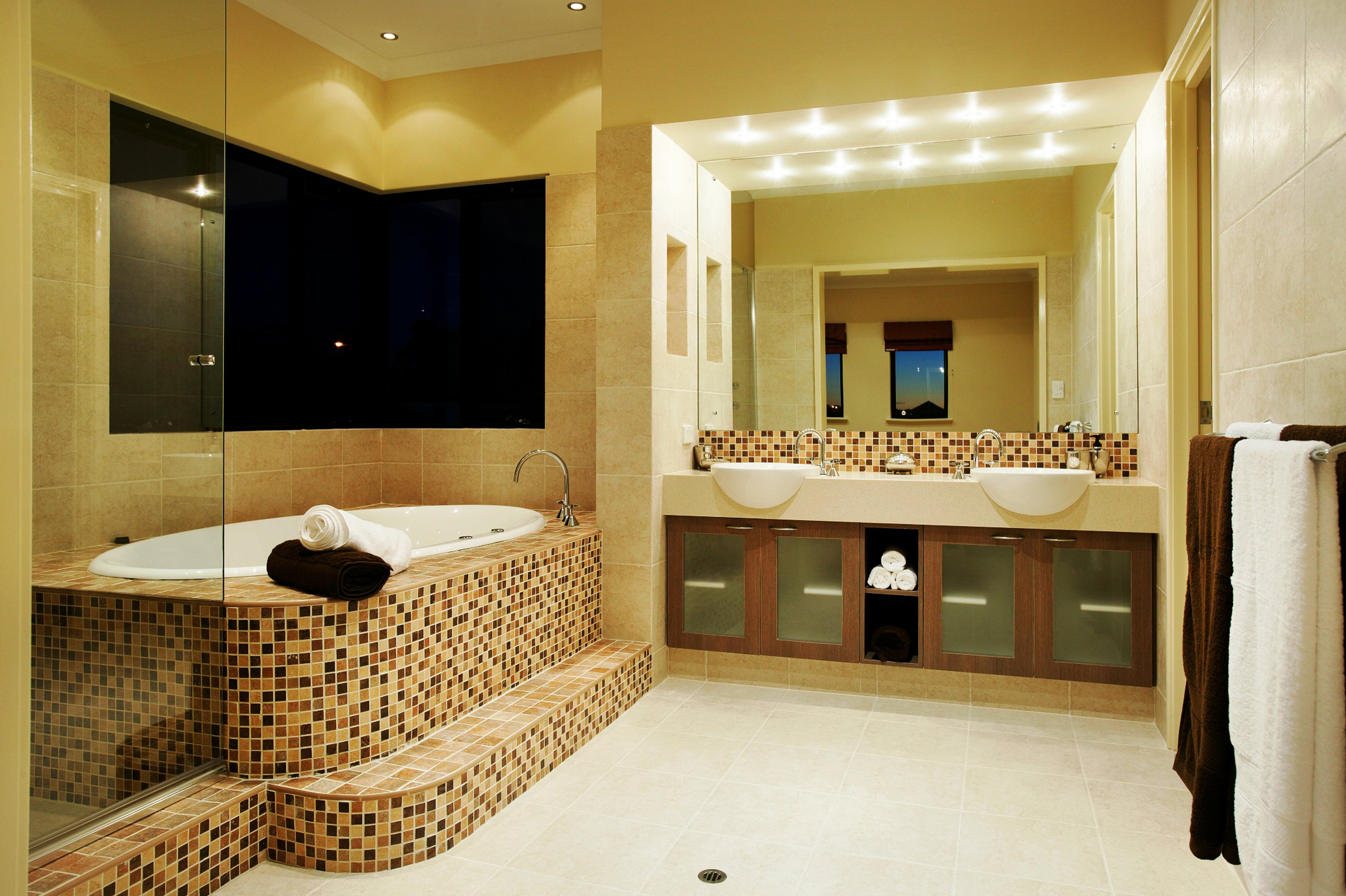 Luxurious Remodel Bathroom Idea With Brown Wall Brown White Bathtub And Black White Towels Elegant Remodel Bathroom Ideas (Image 27 of 123)