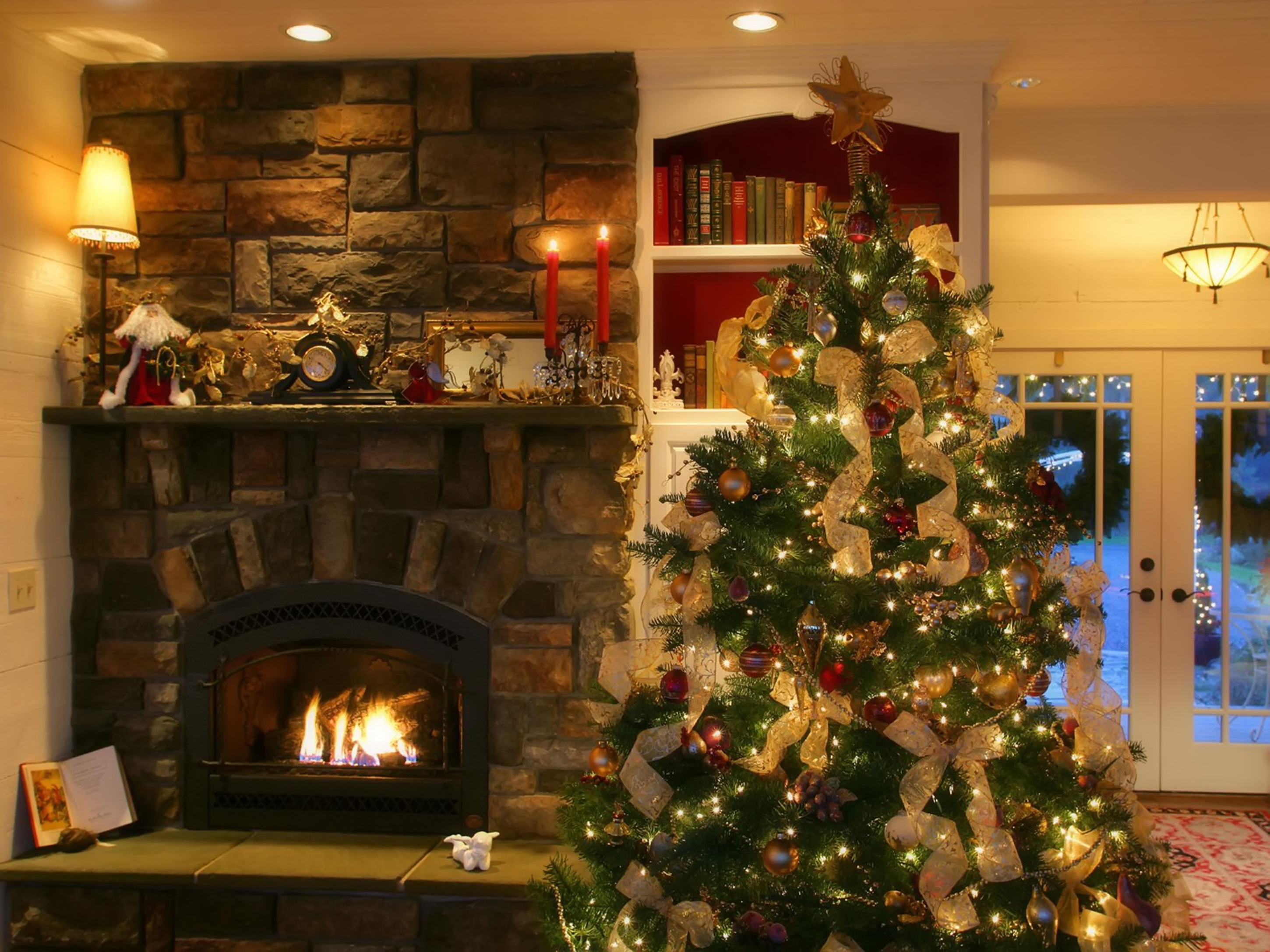 Luxury Modern Fireplace Design Idea In Black With Brown Stone Wall Brown Mantel With Red Candles And Green Christmas Tree Fashionable Modern Fireplace Design Ideas (Image 100 of 123)