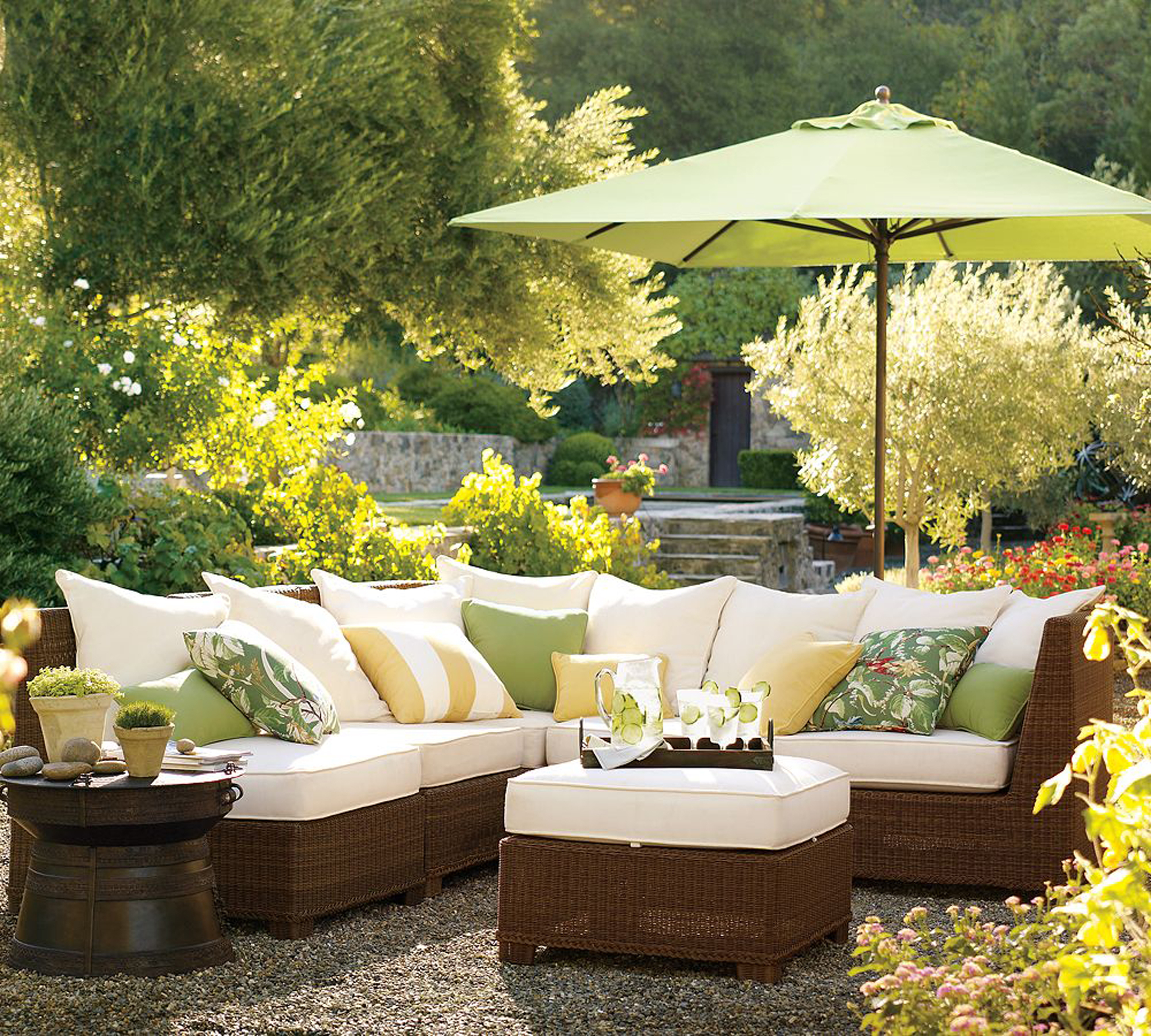 Luxury Modern Outdoor Design Idea With Brown White Sofa With Green Brown Throw Pillows And Light Green Umbrella Beautiful Modern Outdoor Design Ideas (Image 108 of 123)