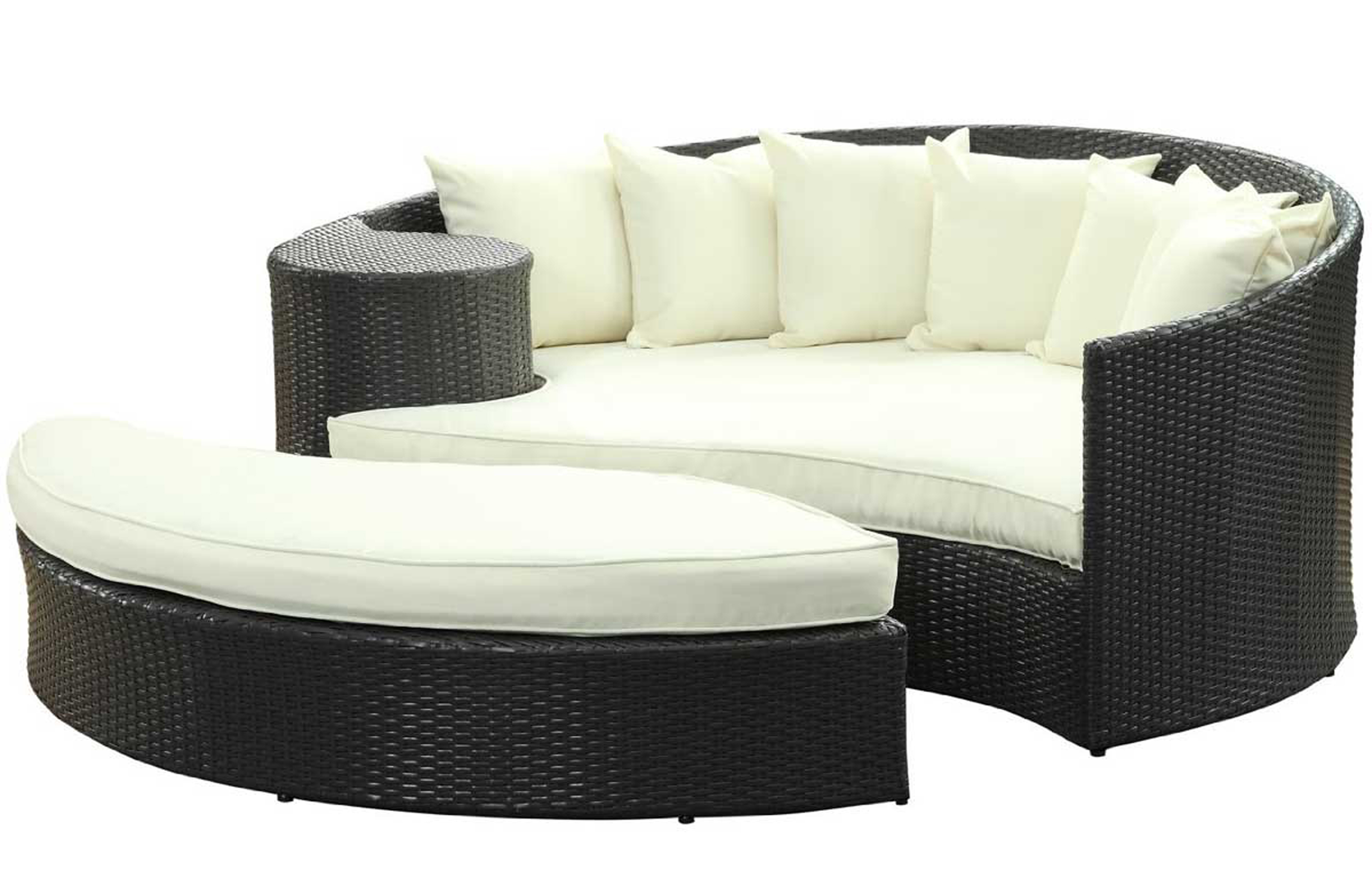Luxury Modern Outdoor Furniture Design Idea With Black Sofa With White Seat Cushions And White Throw Pillows Affordable Modern Outdoor Furniture Design Ideas (Image 111 of 123)