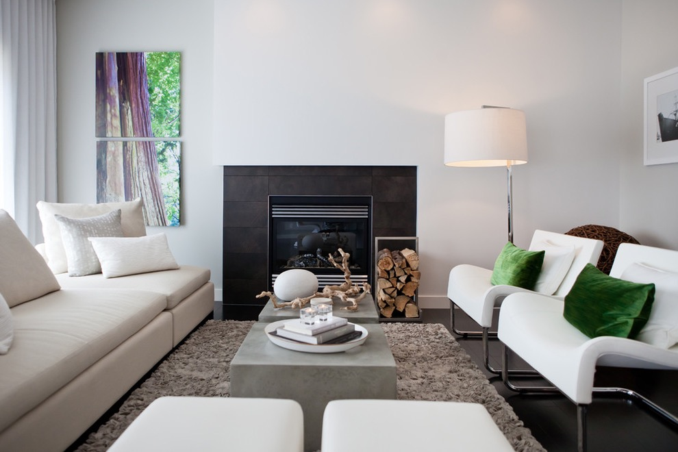 Modern Living Room Idea In Simple Decoration With White Walls And A Standard Fireplace (Image 7 of 9)