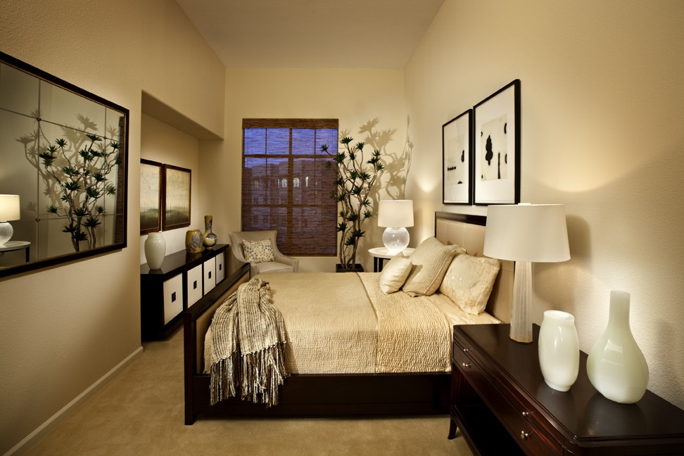 2017 Elegant Bedroom Simple Decor (Image 4 of 30)