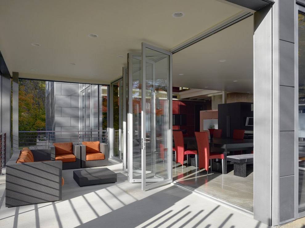 2017 Contemporary Aluminum Bifold Door System (Image 1 of 24)