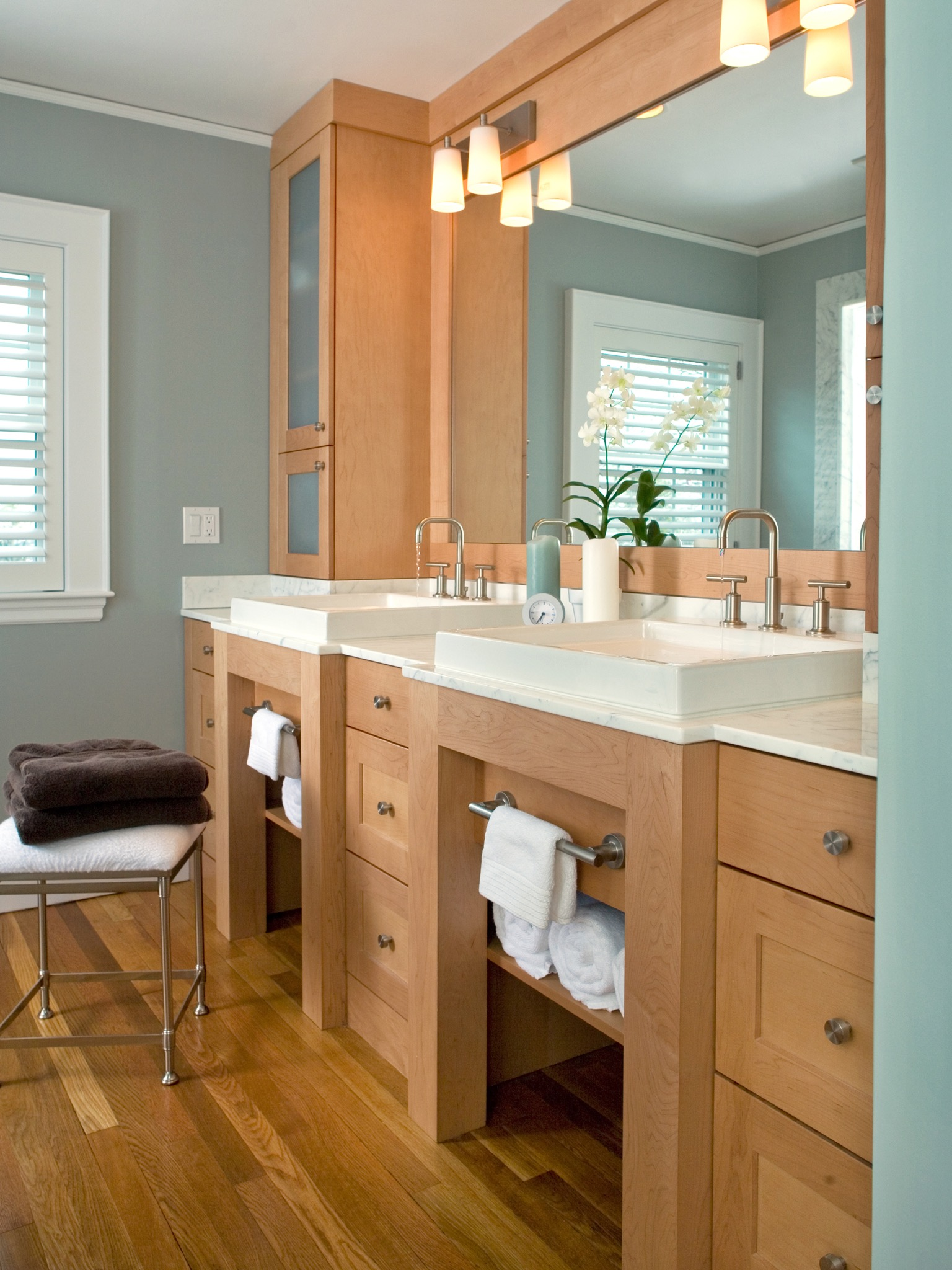 2017 Contemporary Blue Double Vanity Bathroom Furniture (View 4 of 18)