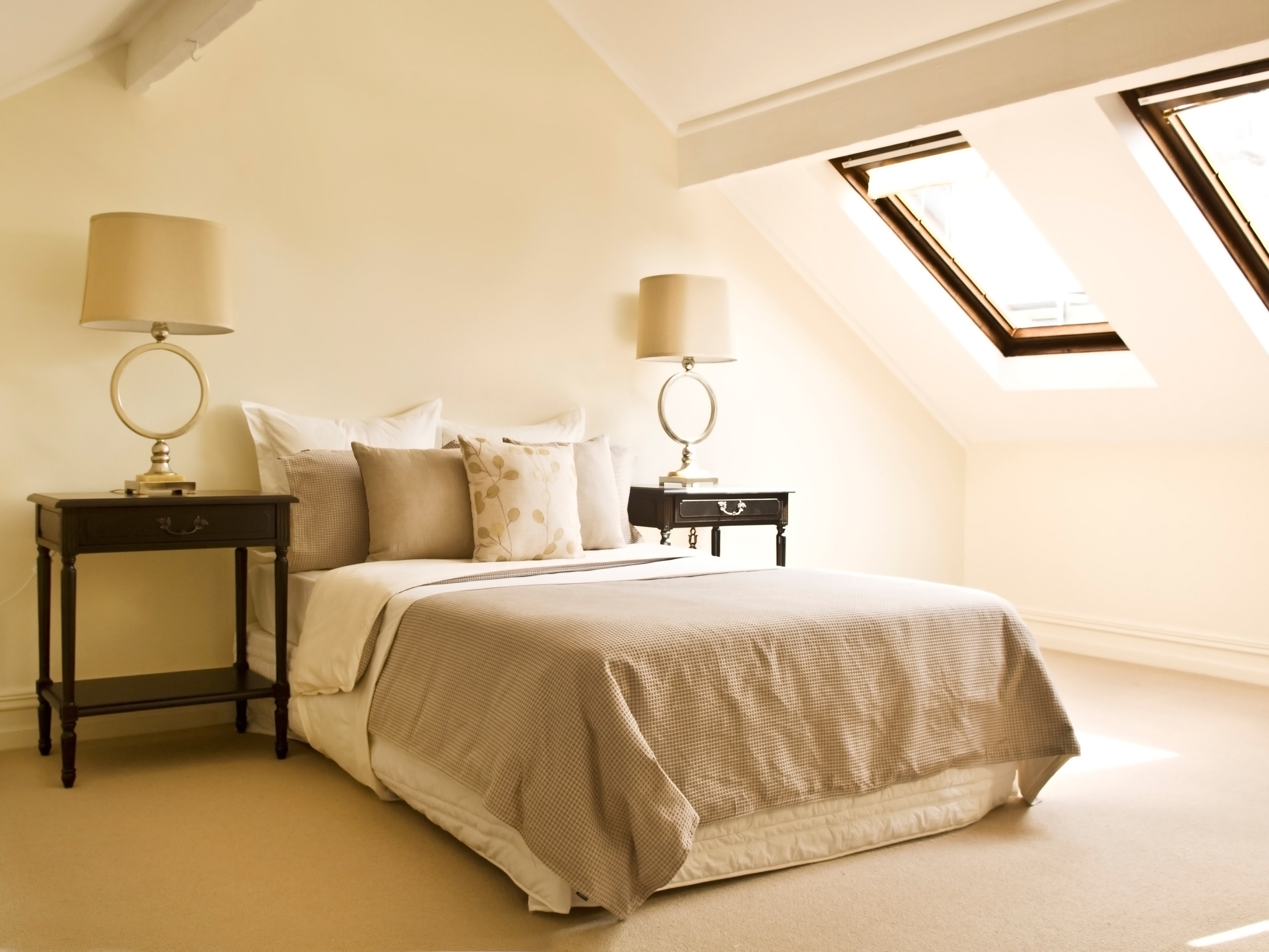 Featured Image of Attic Bedroom Interior Remodel For Small Space Solution