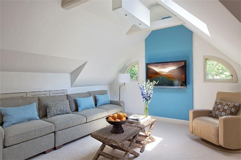Attic Makeover To Minimalist Modern Living Area (Image 7 of 26)