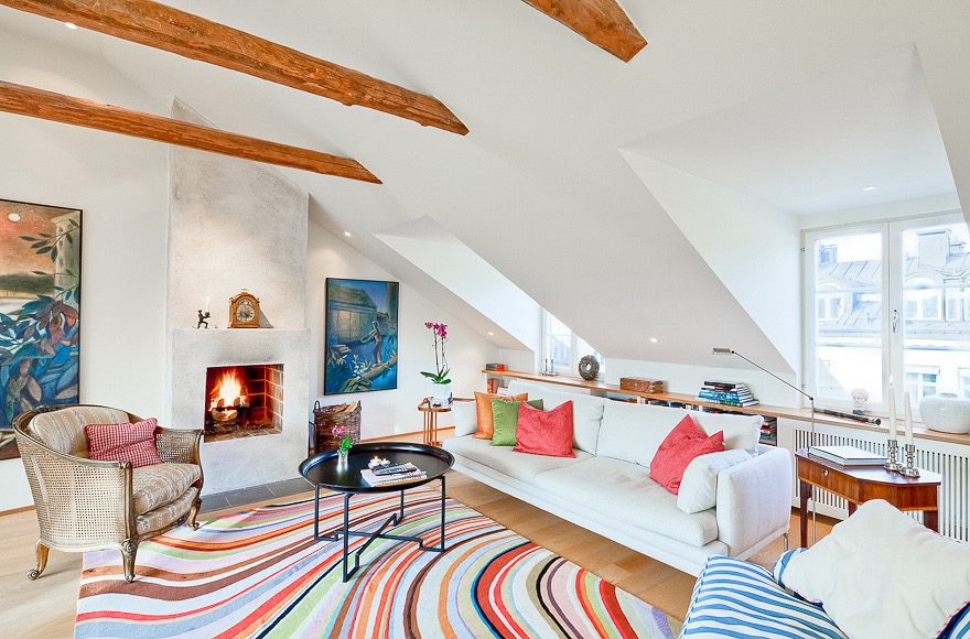 Best Attic Living Room Design Cozy And Colorful (Image 10 of 26)