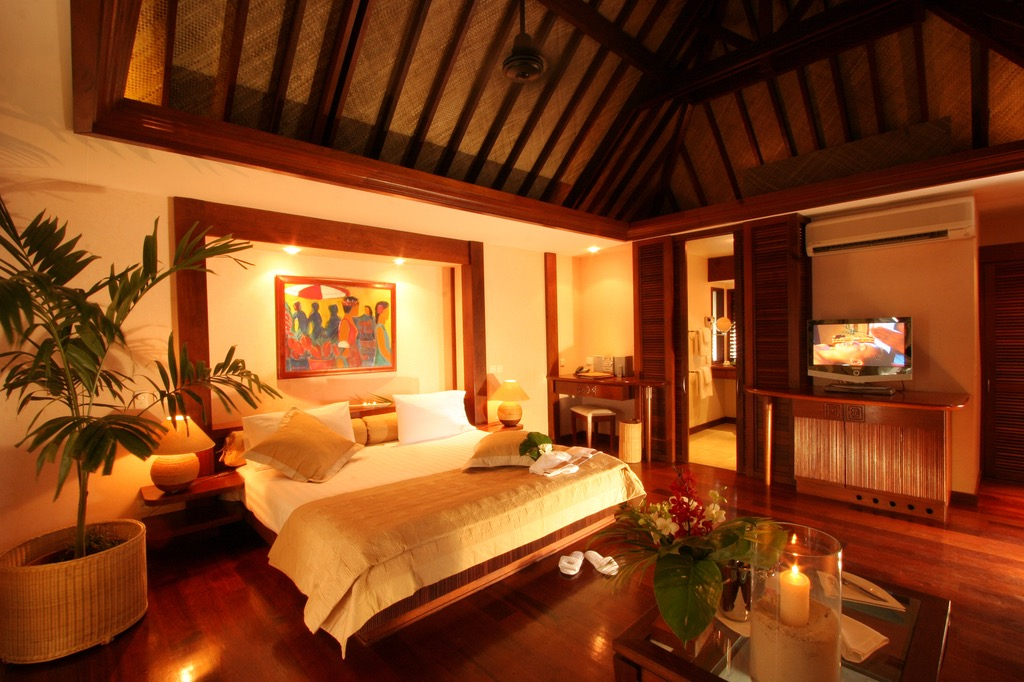 Best Wooden Bedroom Ceiling (Image 5 of 32)