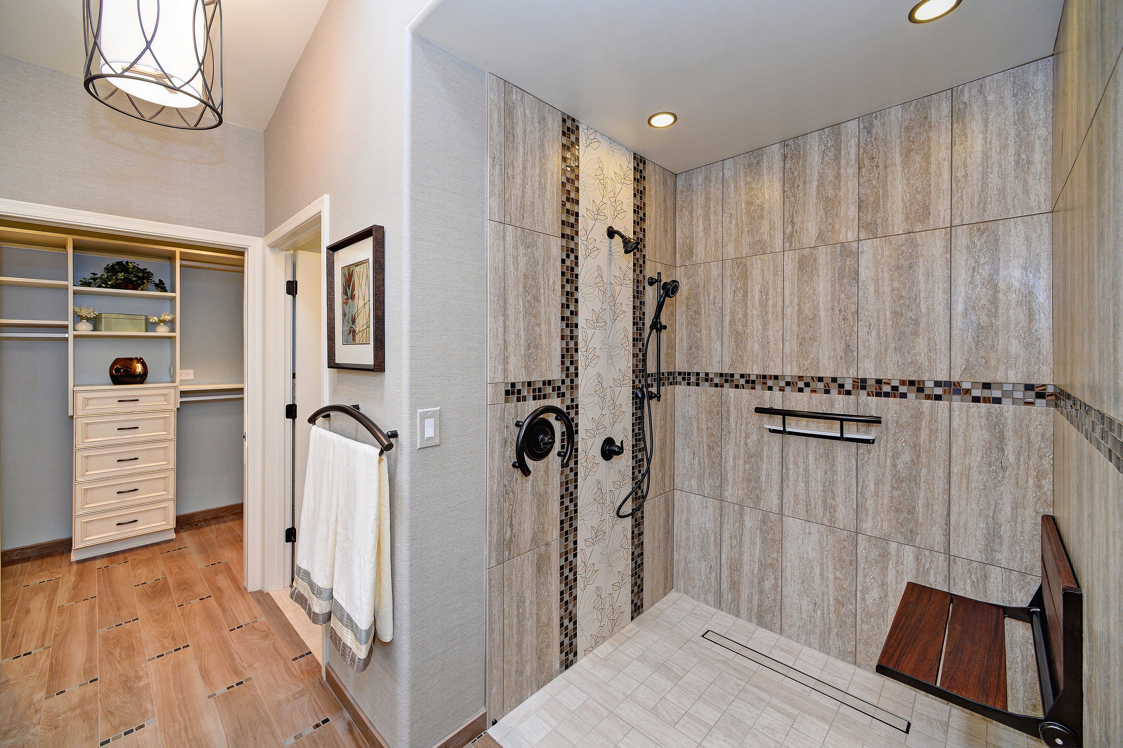 Contemporary Shower With Recessed Light Fixtures (Image 5 of 22)