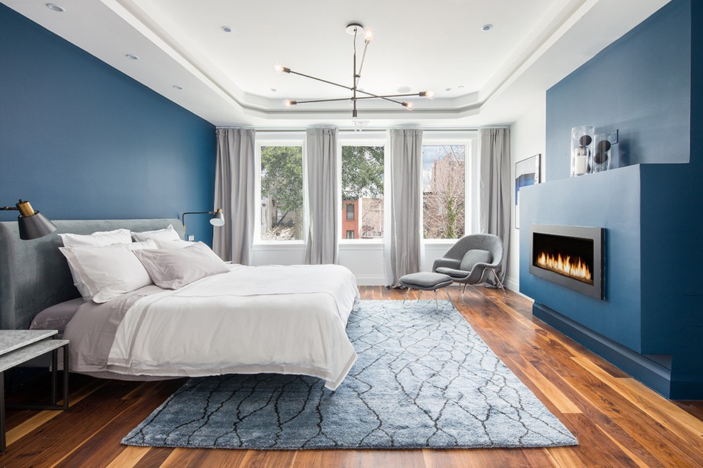 Contemporary Parents Bedroom With Fireplace (Image 11 of 30)