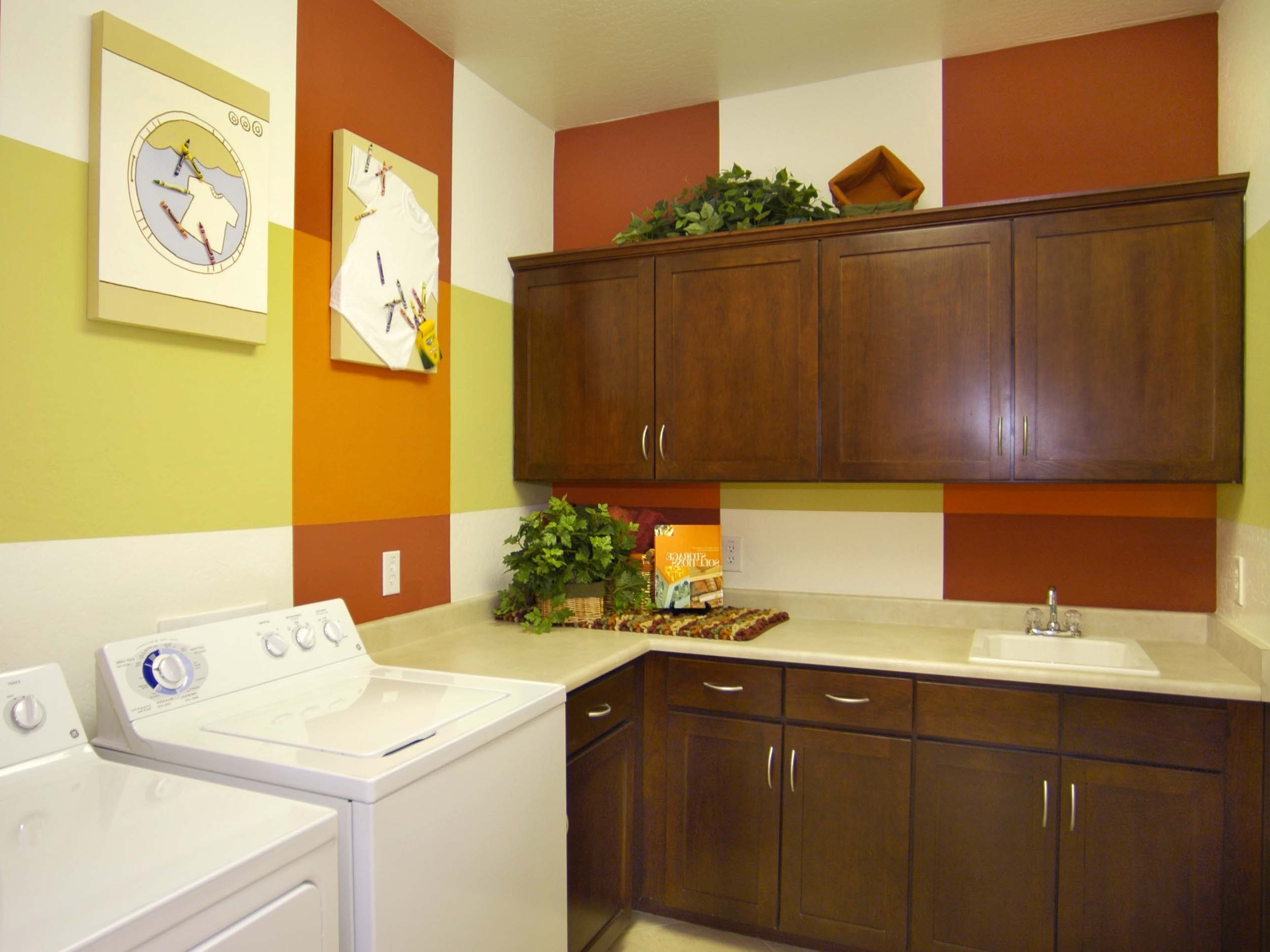 Cozy Traditional Utility And Laundry Room With Storage (Image 7 of 26)