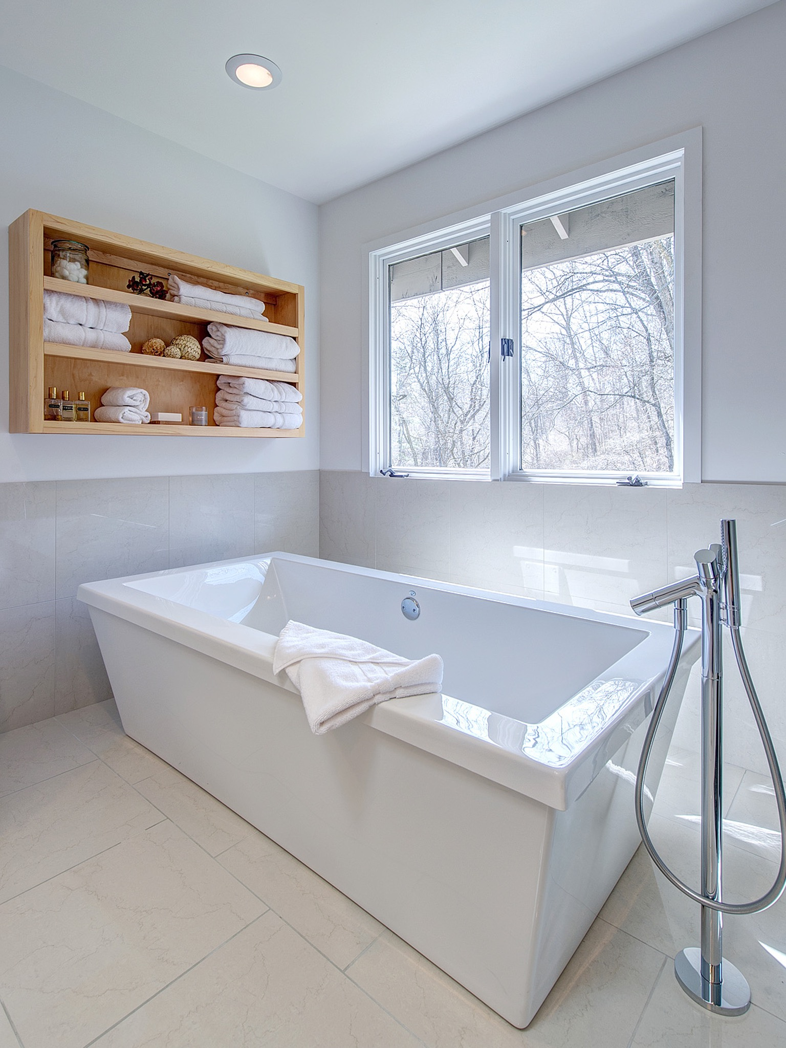 Freestanding Tub And Shower Combo In Contemporary White Bathroom (View 12 of 19)