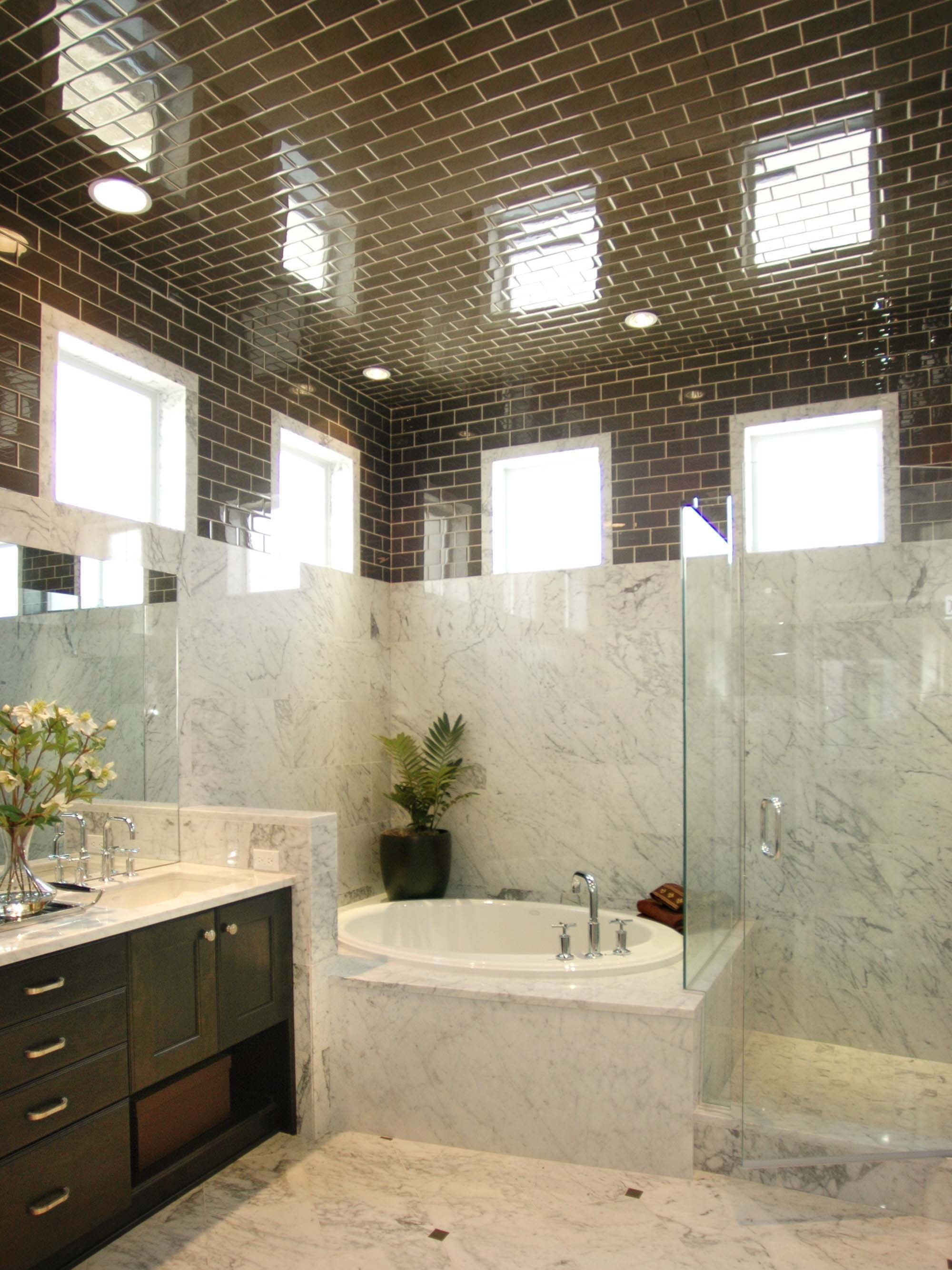 Loft Bathroom Marble Wall Decor With Brown Tile Ceiling (Image 9 of 18)