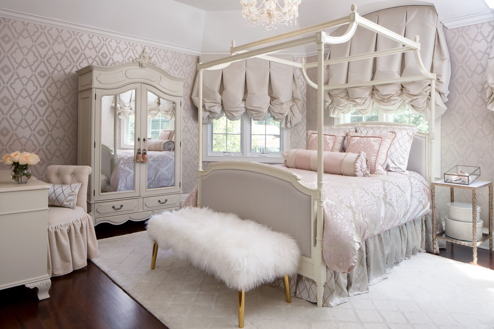 Mid Sized Victorian Bedroom (Image 11 of 28)