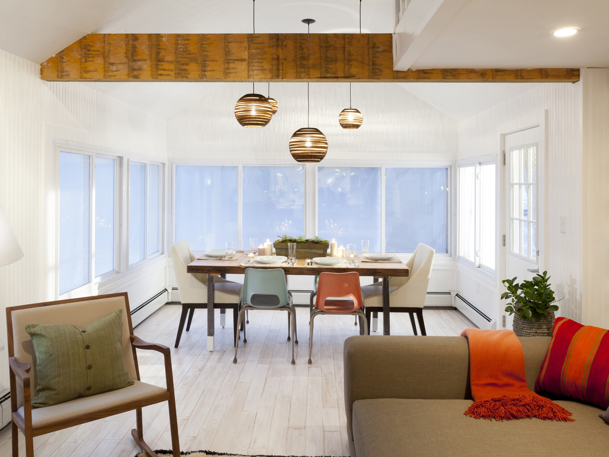 Midcentury Modern Dining And Living Room Interior Combo (View 12 of 34)