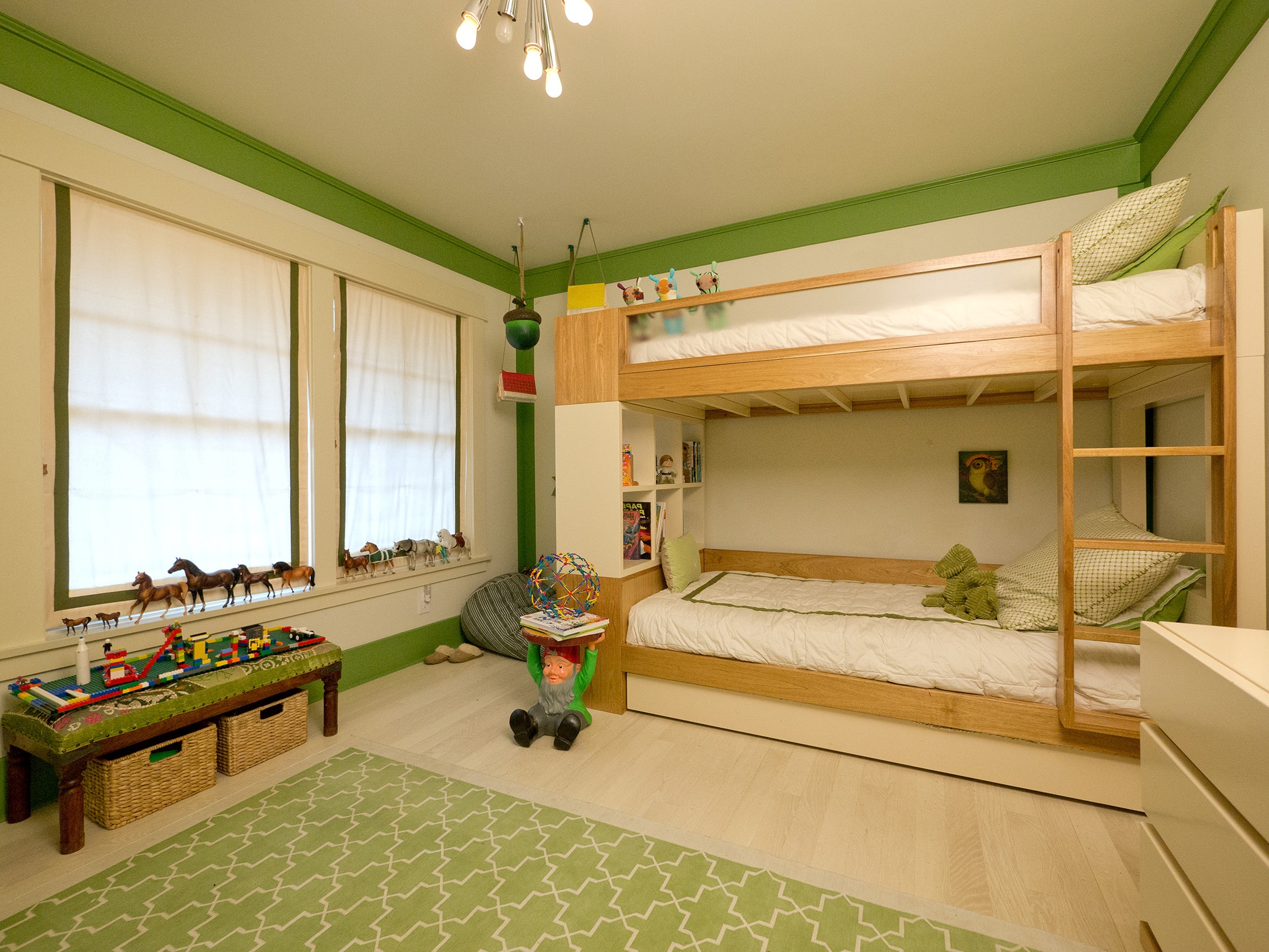 Minimalist Kids Bedroom For Boys With Bedroom With Bunk Bed (View 24 of 35)