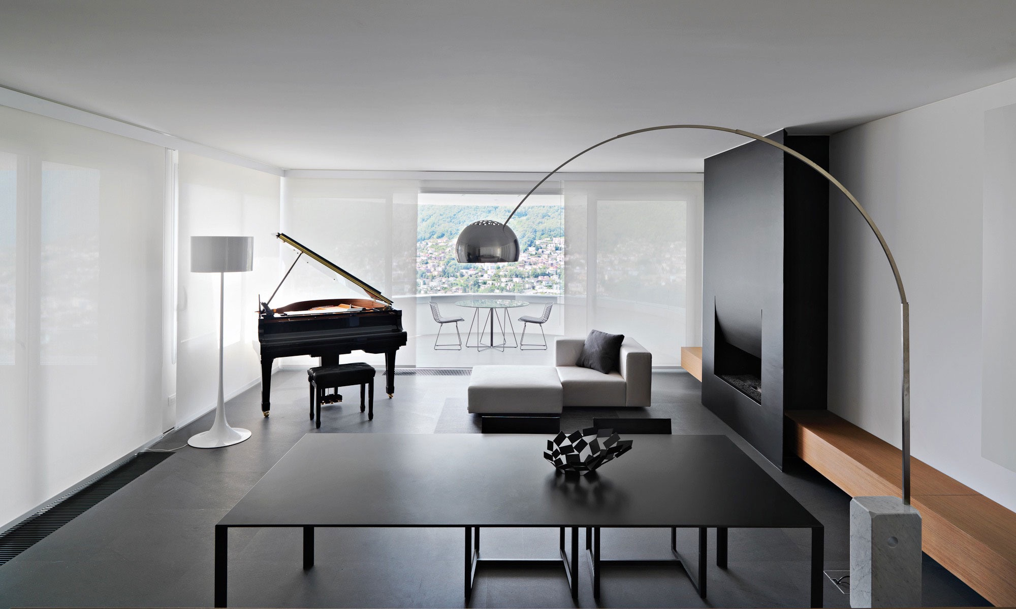 Minimalist Living Room Design (View 20 of 27)