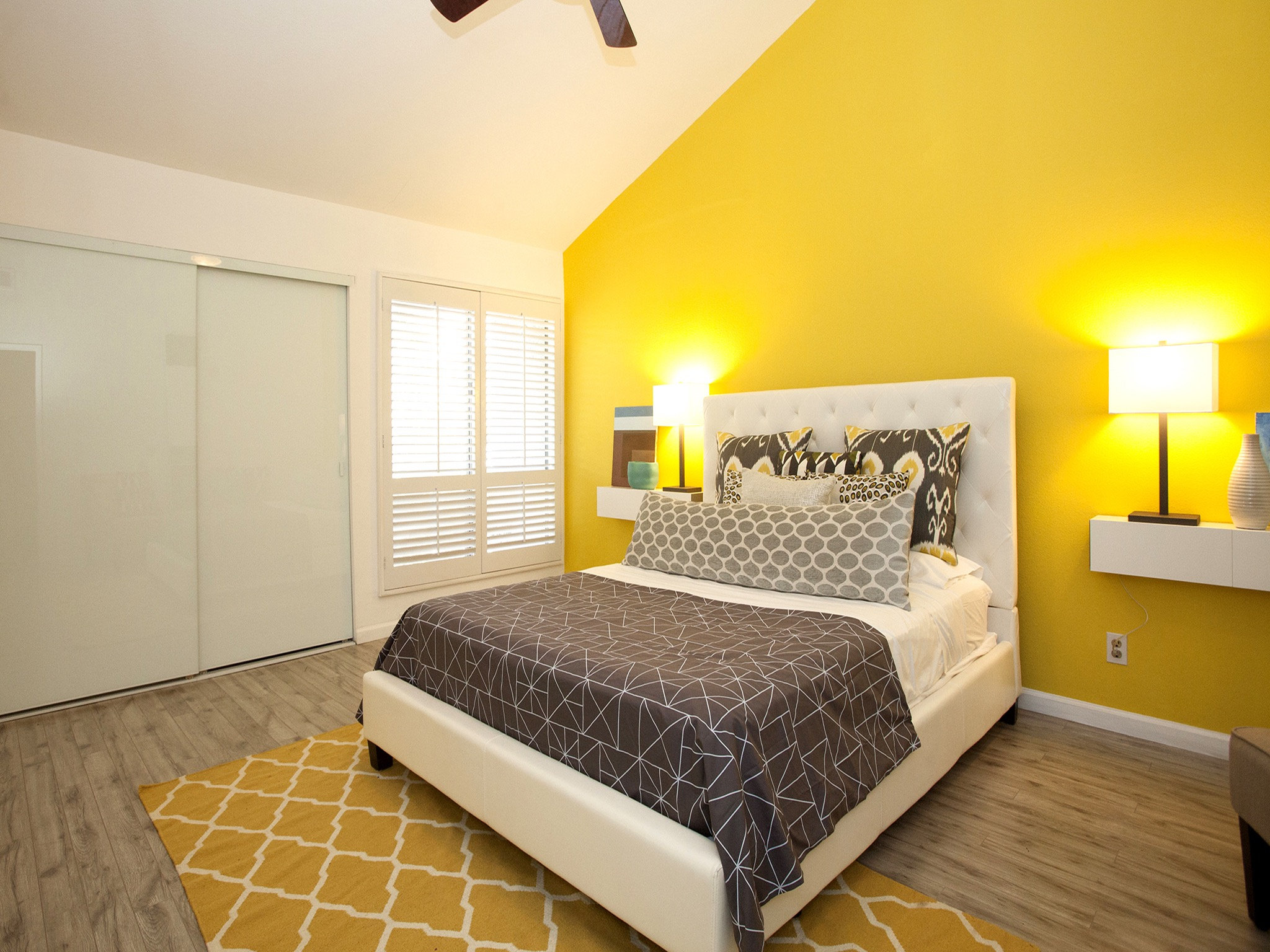 Modern Bedroom With Bright Yellow Accent Wall (Image 9 of 23)