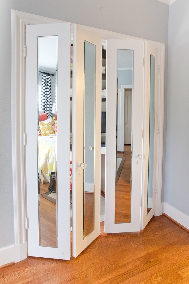 Modern Wooden Framed Bifold Doors With Mirrors For Modern Bedroom (Image 20 of 24)