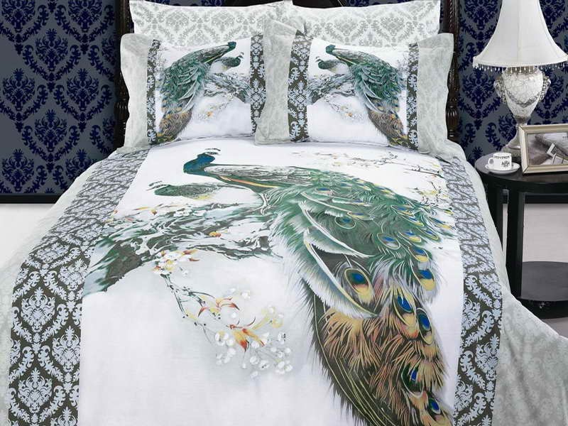 Peacock Bed Decoration Ideas (Image 10 Of 15)