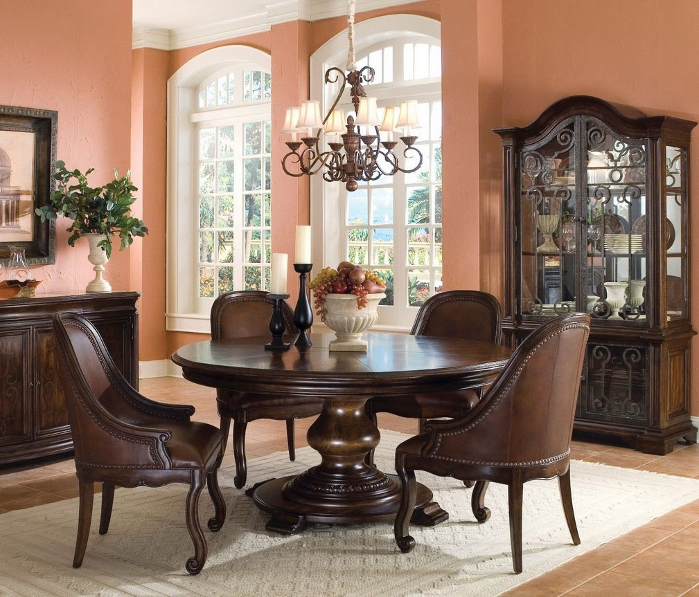 Rustic Dining Room With Round Table (Image 30 of 36)