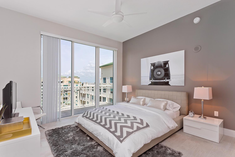 Sliding Glass Balcony Door For Modern Cozy Apartment Bedroom Interior (View 8 of 13)