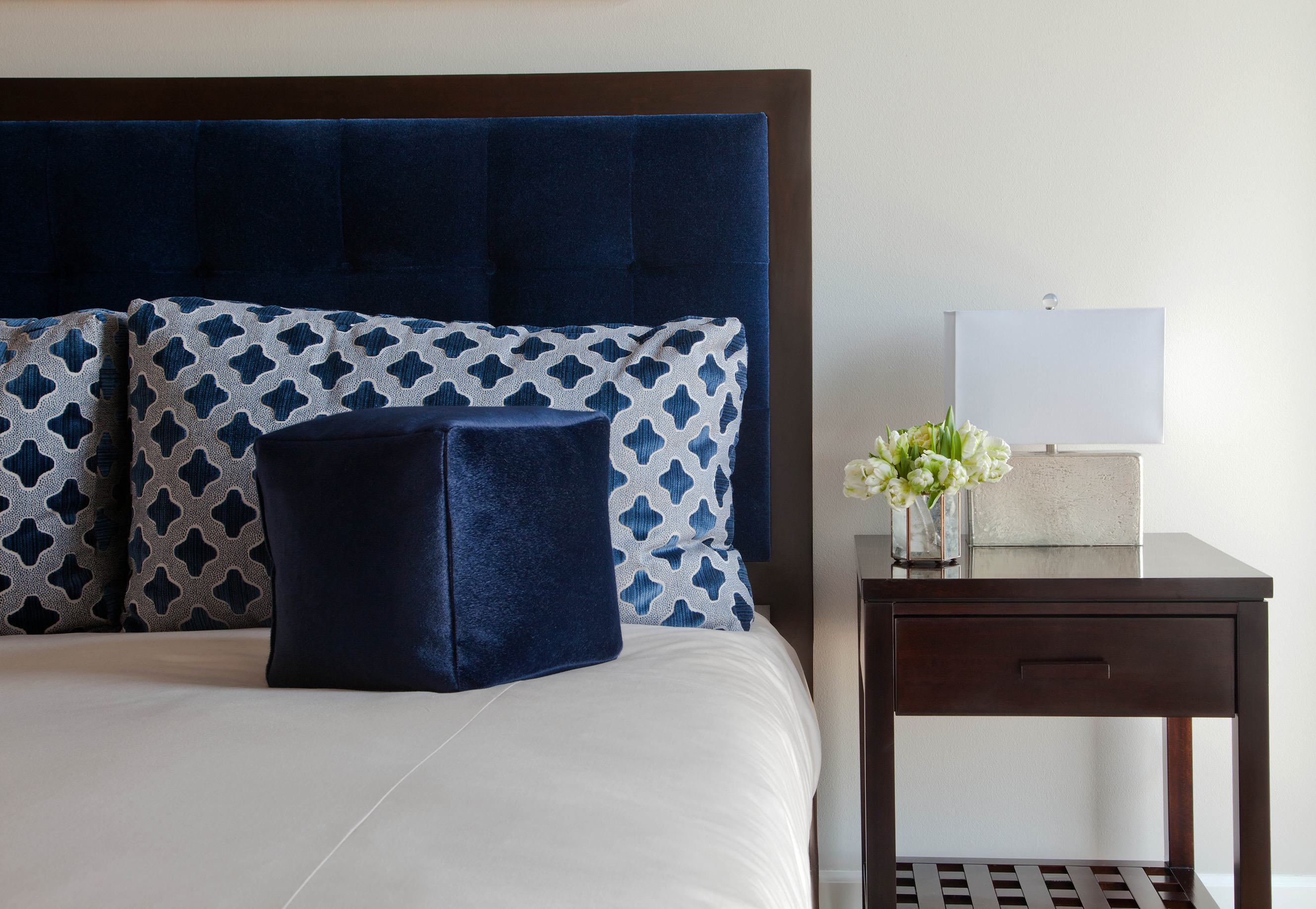 Transitional Bedroom With Peacock Blue Accents (Image 14 of 15)