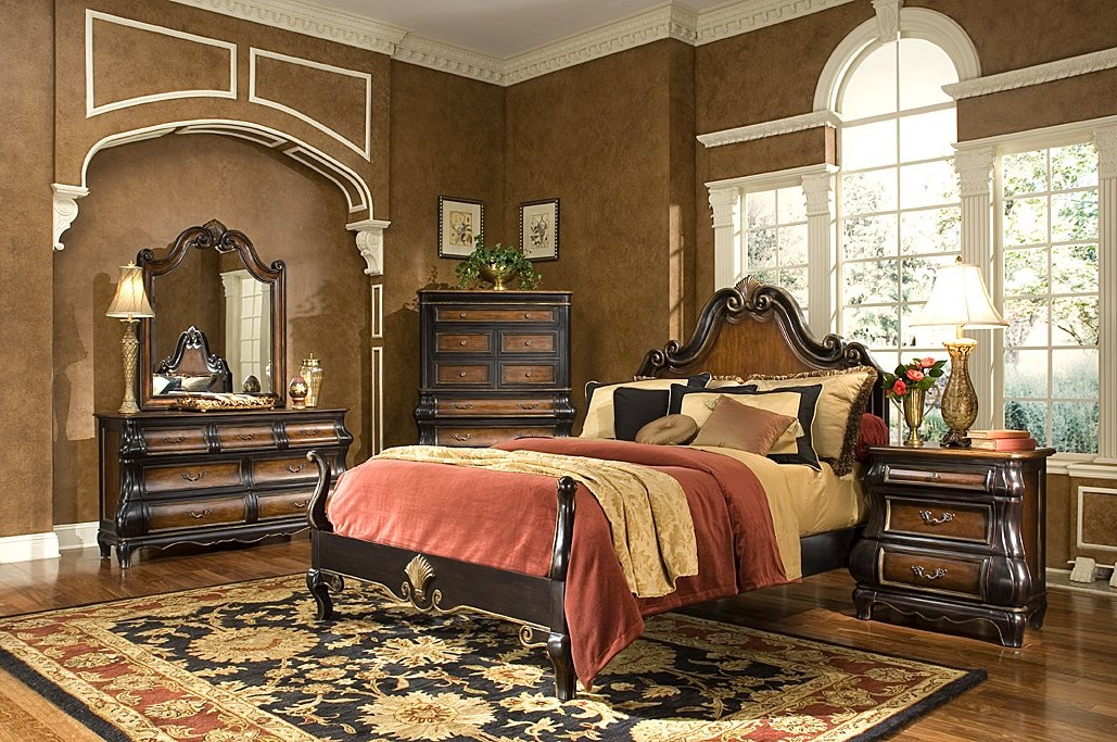 Victorian Comfortable Bedroom Decoration (Image 10 of 19)