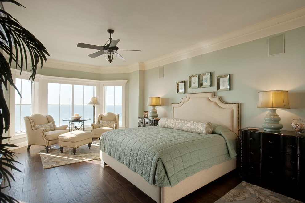 Beach Style Master Bedroom Interior For Parents (Image 5 of 30)