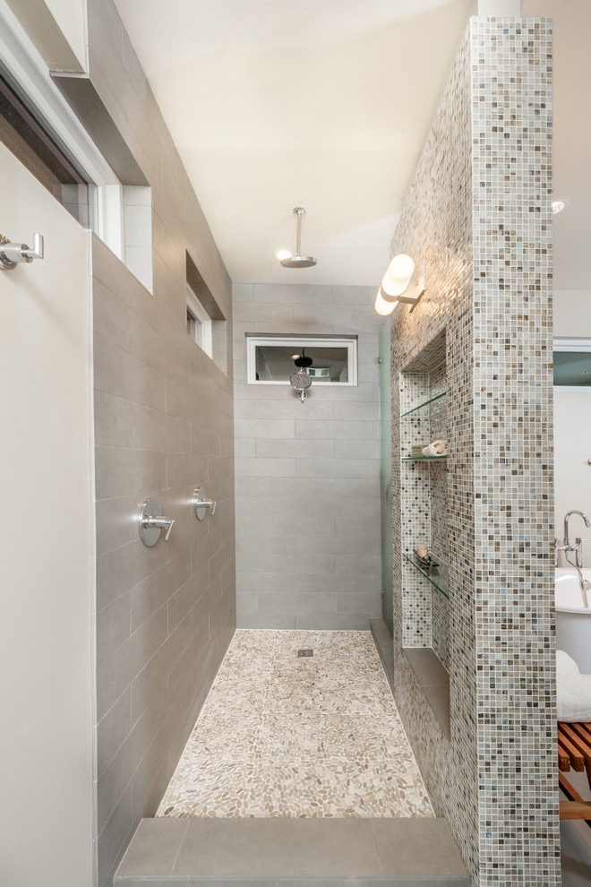 Beautiful Mid Sized Transitional Doorless Walk In Shower Design With An Undermount Sink (Image 4 of 29)