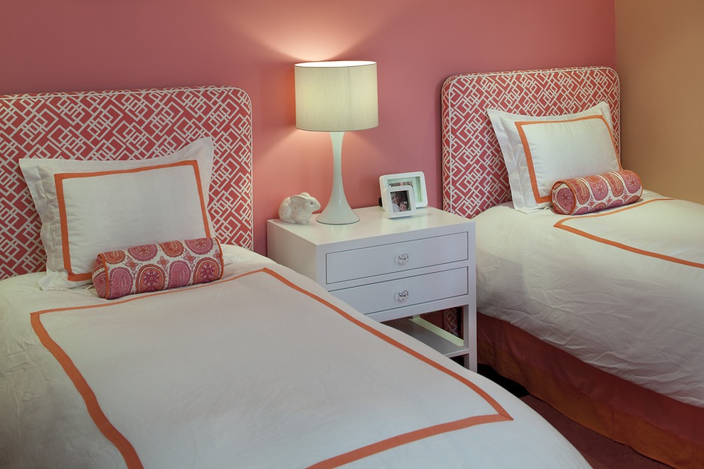 Charming And Trendy Girls Bedroom With Twin Bed (Image 6 of 30)