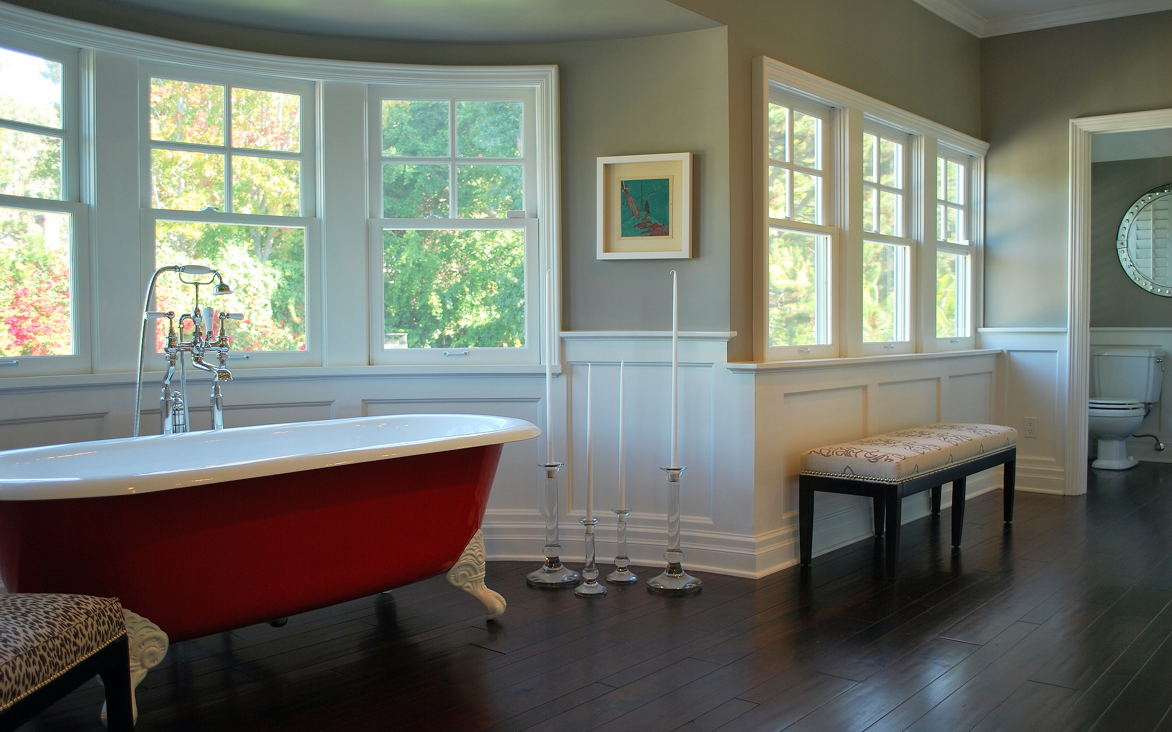 Classic Open Bathroom Interior With Wooden Flooring (Image 11 of 29)