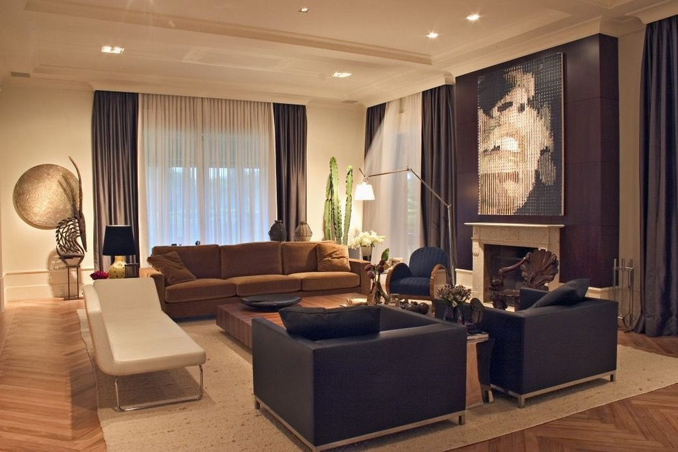 Contemporary Living Room Curtain For Luxury Nuance (Image 7 of 25)
