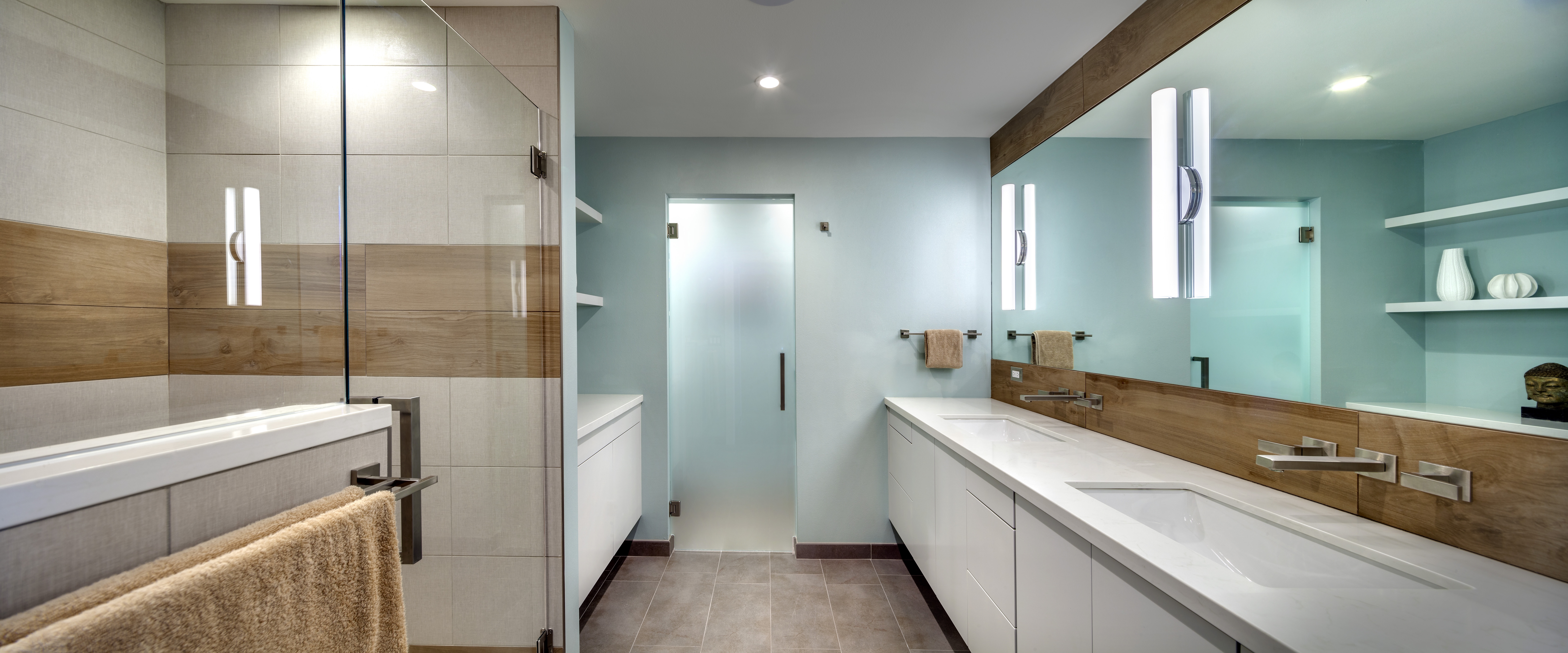 Cool White Double Vanity Bathroom Furniture (Image 6 of 18)
