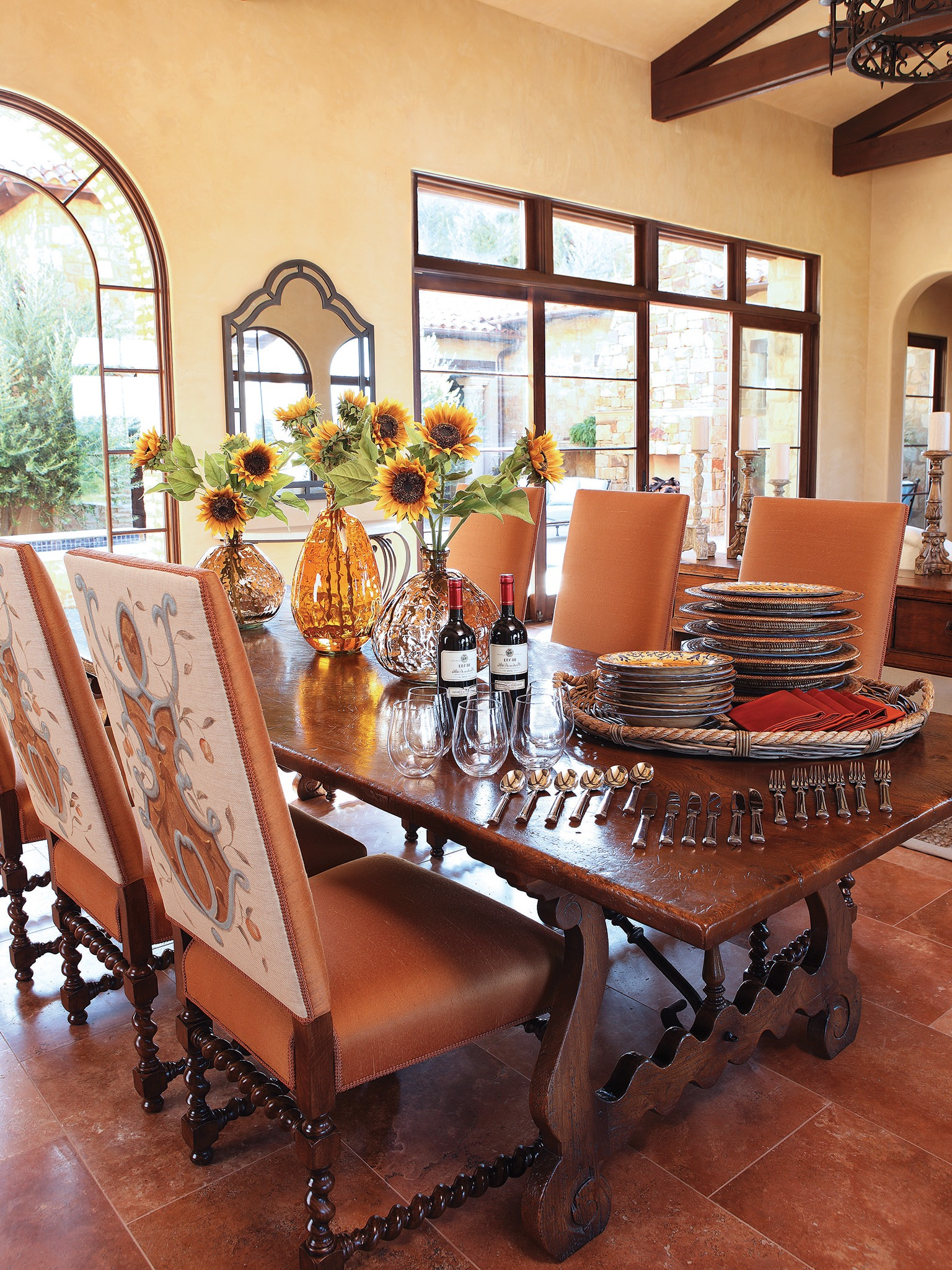 Italian Dining Room In Rustic Style (Image 14 of 36)