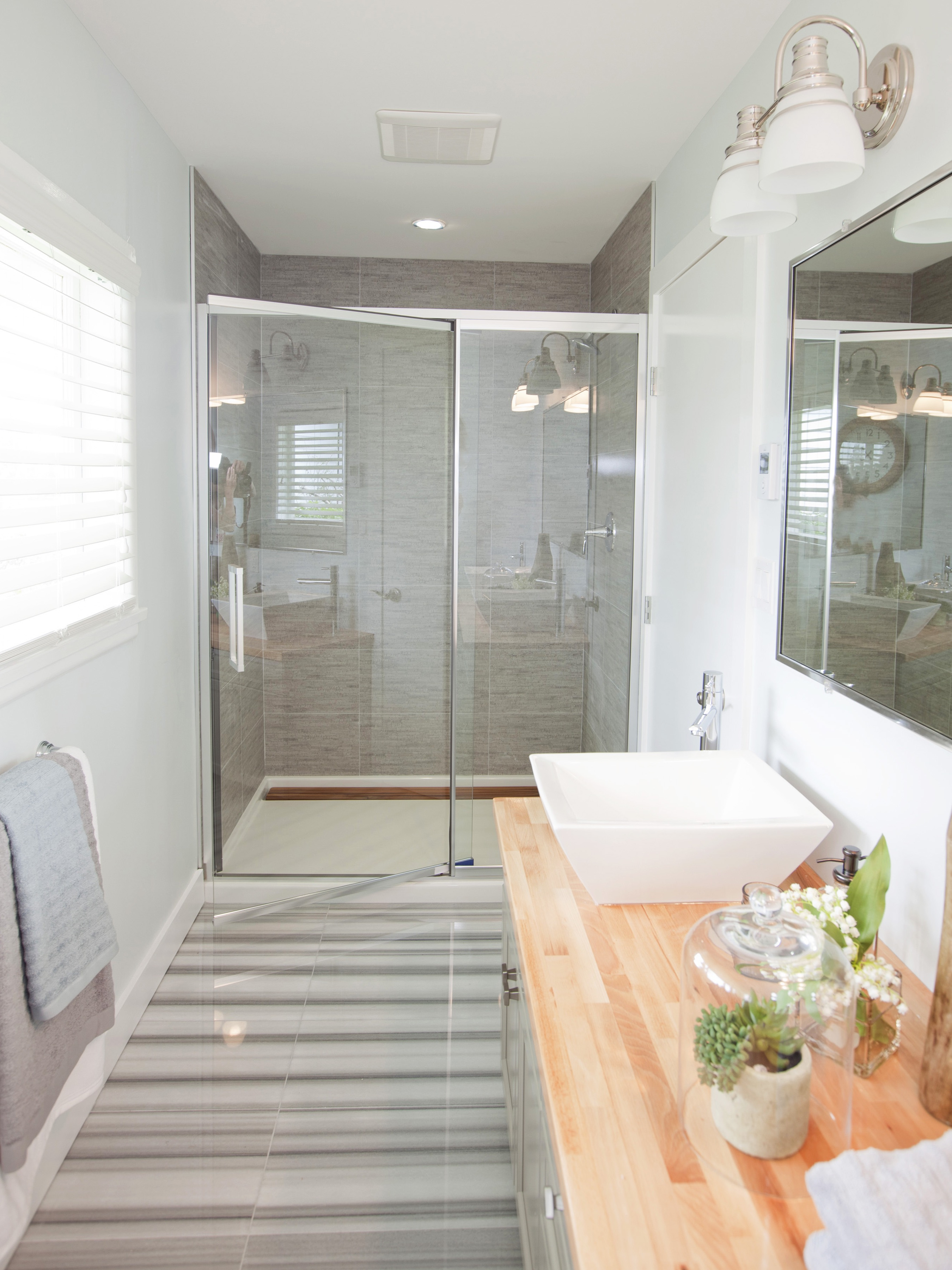 Large Modern Walk In Shower In Minimalist Design (Image 7 of 22)